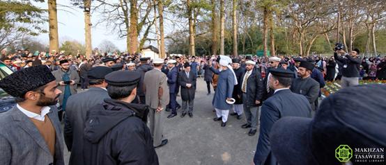 لحظة تاريخية - إسلام أباد في ساري تصبح المقر الجديد للجماعة الإسلامية الأحمدية
