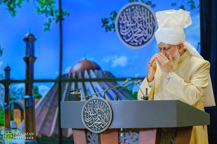 إمام الجماعة الإسلامية الأحمدية العالمية يخطب في الجلسة السنوية الخاصة لعام 2020